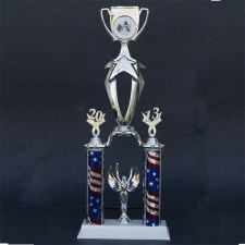 christmas-parage-trophy