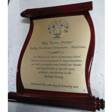 custom-scroll-plaque