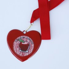 red-heart-medal